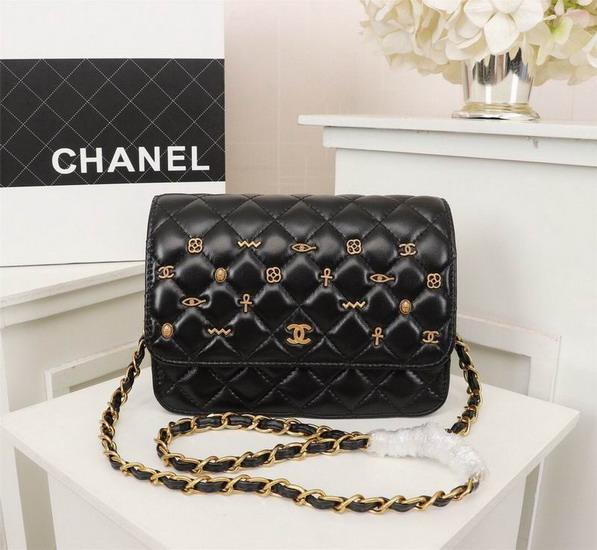 ChanelバッグCHB167