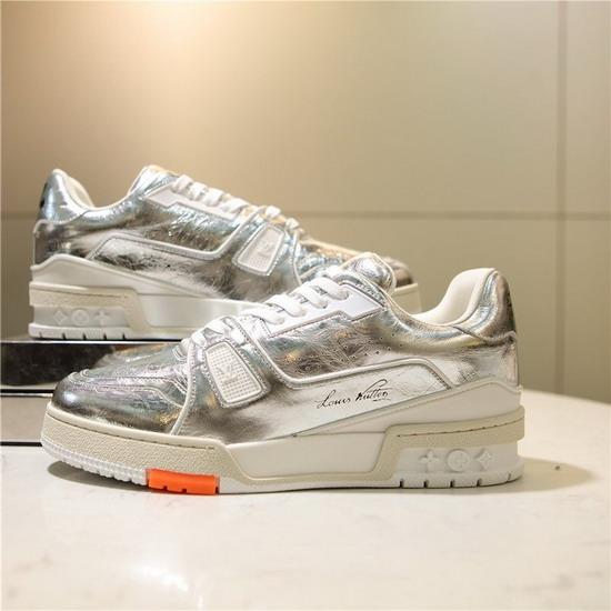 LV1:1原版皮の靴LVX044