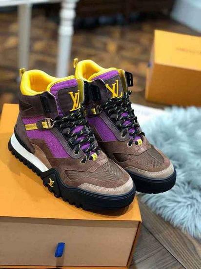 LV1:1原版皮の靴LVX047