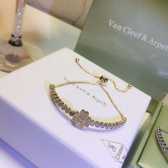 VanCleef&Arpel 腕輪&ブレスレットVCSZ015