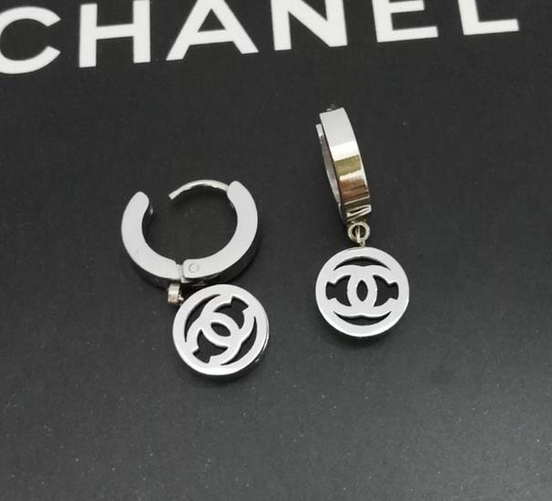 Chanelイヤリング CHEH204
