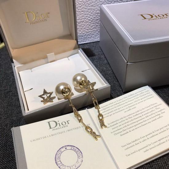 DiorイヤリングDREH106