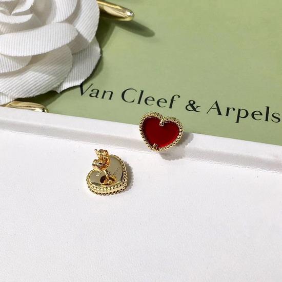 Van Cleef&Arpels腕輪&ブレスレッVCEH002