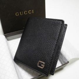 グッチコピー 型押しカーフ 二つ折り財布 252080 CAO0N 1001