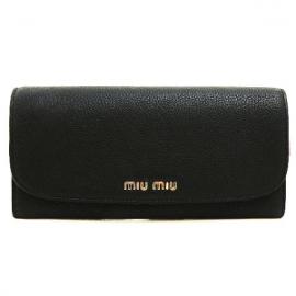 財布 コピー ミュウミュウ 二つ折り 型押しレザー ブラック5M1109
