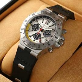 ブルガリコピー N級品ディアゴノ プロフェッショナル フライバッククロノ GMT40C6SVD/FB