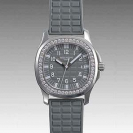 (PATEK PHILIPPE)パテックフィリップ <font color='red'>コピー時計</font>アクアノート ルーチェ 5067A-018