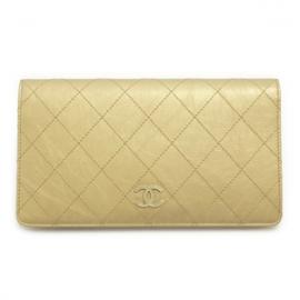 財布 コピー シャネル 長財布 二つ折り ヴィンテージカーフ レザー メタリック A68630