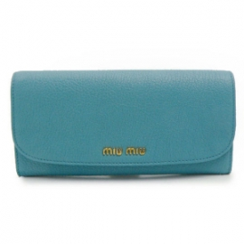 財布 コピー ミュウミュウ 2013年新作二つ折り 型押しレザー ライトブルー 5M1109