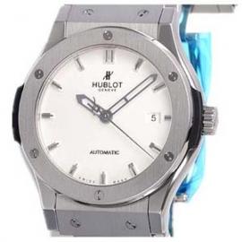 コピー腕時計 ウブロ ブラン クラシックフュージョン チタニウム 542.NX.2610.NX
