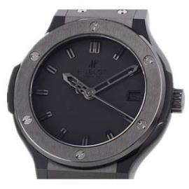コピー腕時計 ウブロ N級品 クラシックフュージョン セラミック 限定品 561.CM.1110.LR