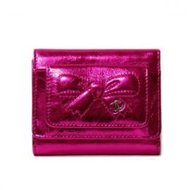 (CHANEL)シャネル コピー激安財布 リボン&ココマーク メタリック三つ折コンパクト財布 A46894