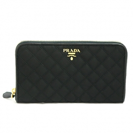 財布 コピー プラダ ラウンドファスナー メタルロゴ付き テスートキルティング ナイロン ブラック1M0506