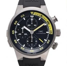 コピー腕時計 IWC アクアタイマー スプリットミニッツ クロノグラフ IW372304
