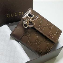 グッチコピー二つ折り財布 型押しカーフ×カーフ 270029 AHB1G 2314