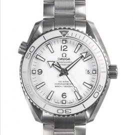コピー腕時計 シーマスタープラネットオーシャン232.30.42.21.04.001